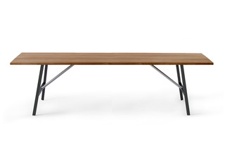 TORNADO table  by  Roda