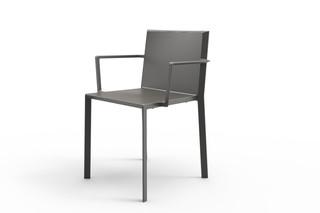 QUARTZ Stuhl mit Armlehnen  von  VONDOM