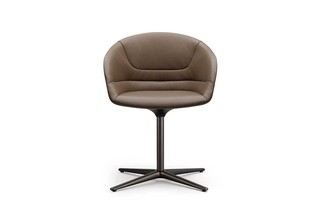 Kyo  by  Walter Knoll