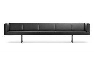 Foster 512  by  Walter Knoll