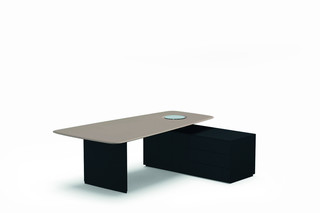 Keypiece Communication Desk  by  Walter Knoll
