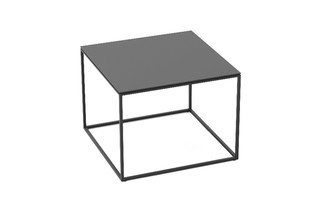 Wave side table  by  solpuri