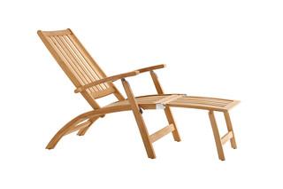 Windsor deck chair  by  solpuri