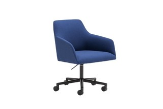 Alya swivel base with casters  by  Andreu World