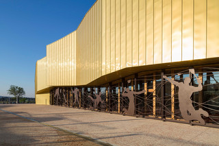 TECU® GOLD, Gymnasium La Fare Les Oliviers, Marseille, France  by  KME