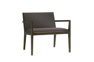 Carlotta lounge chair  by  Andreu World