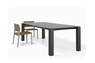 Extra table  by  Andreu World