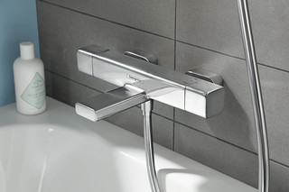 Croma E  by  Hansgrohe
