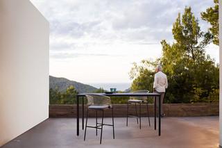 Illum bar table  by  Tribù