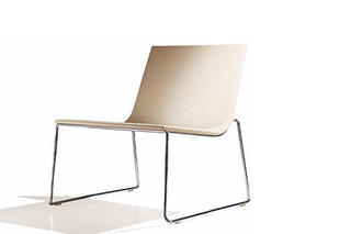 Lineal armchair  by  Andreu World