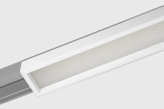 Prologe 80 in-line/in-dolma linear 900 LED  by  Kreon