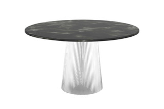 Bent Tables  von  pulpo