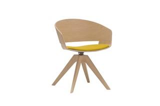Ronda Drehstuhl Holz  von  Andreu World