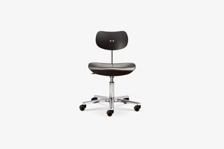 S 197 GH Swivel Chair  by  Wilde + Spieth