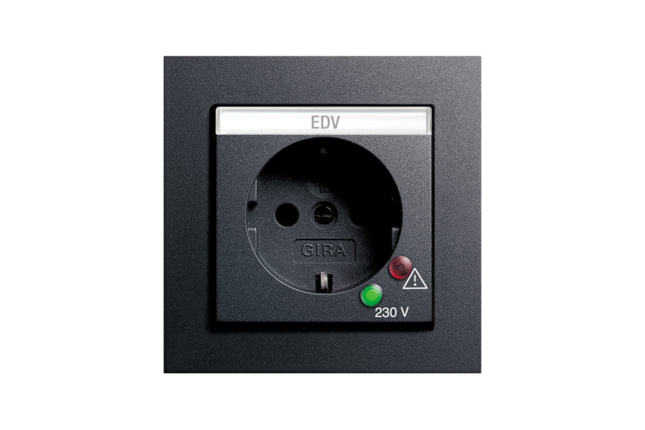 E2 socket outlet with overvoltage protection