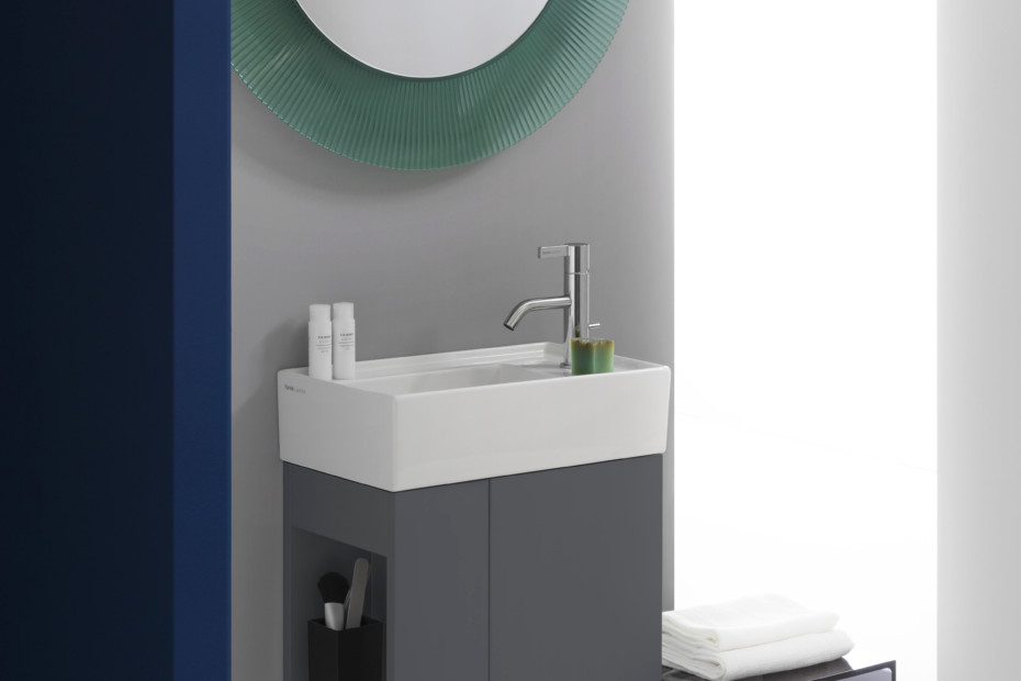 Kartell by Laufen small washbasin
