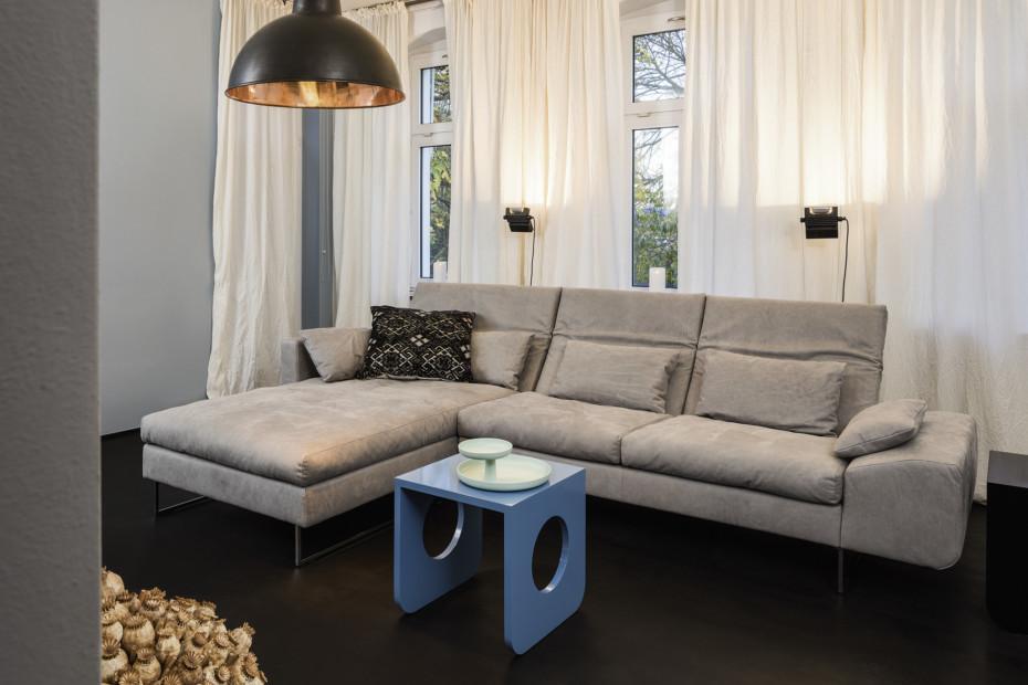 Embrace corner suite