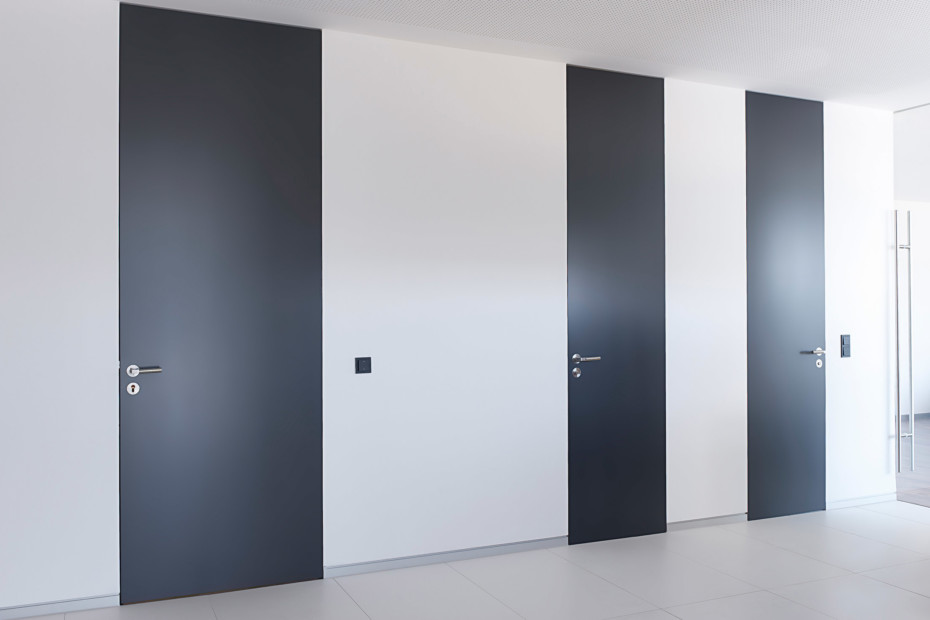 Room-high doors