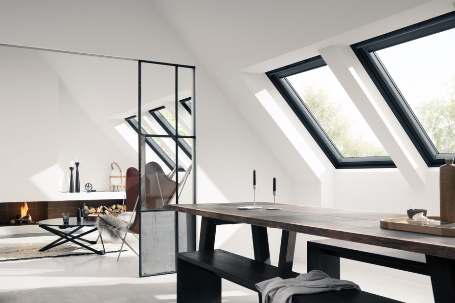"Centre pivot roof window ""GGU Black"""