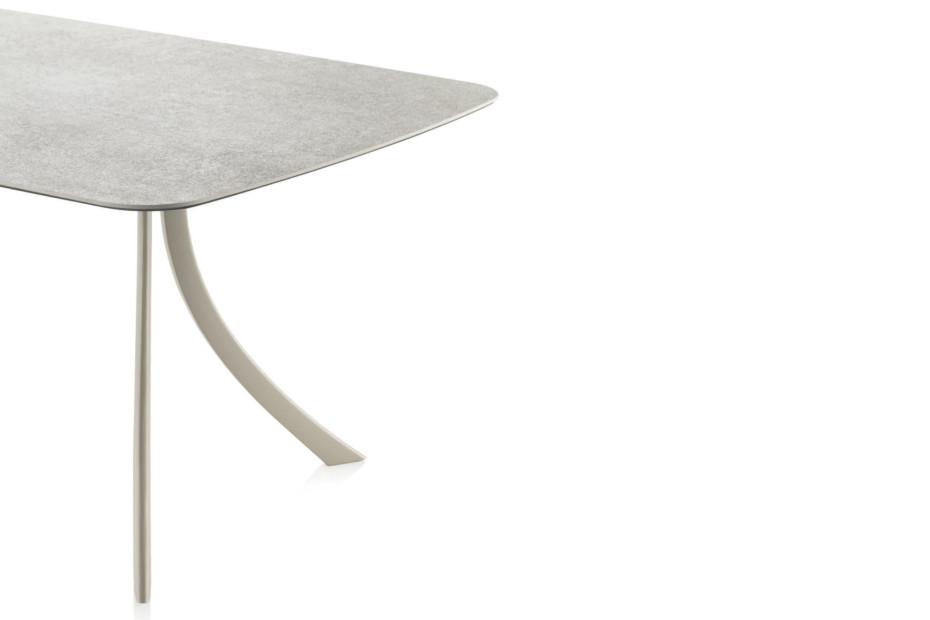 Falcata Outdoor Rechteckiger Tisch C925