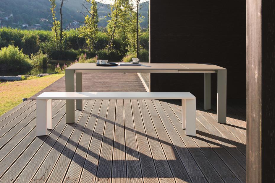 Grande Arche extending table
