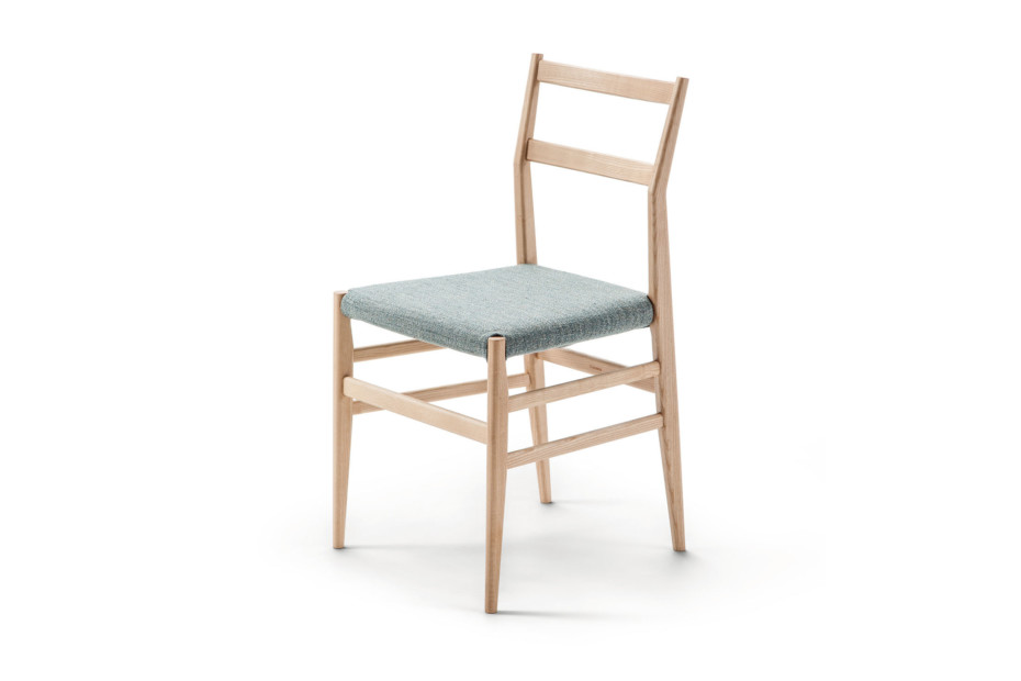 646 Leggera chair