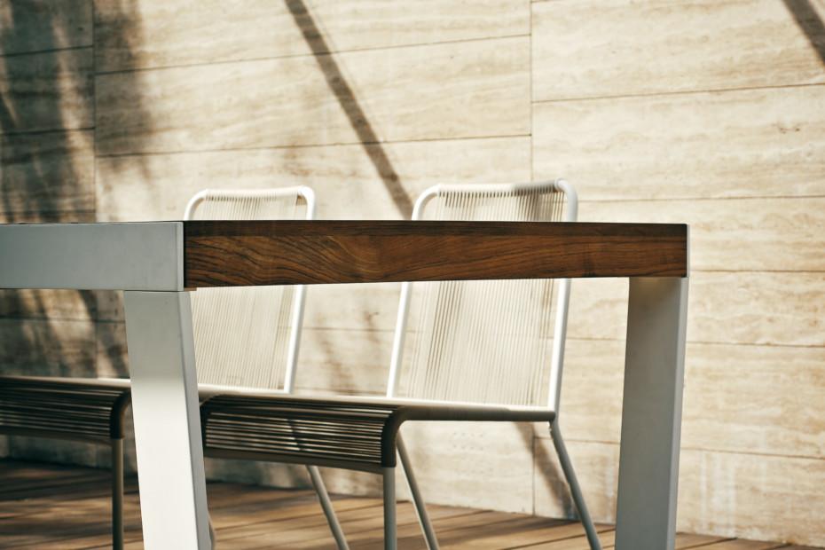 ... SPINNAKER Extendable Table ...