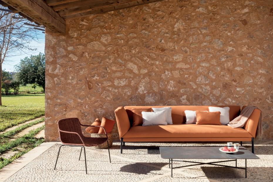 Livit XL sofa with high armrest C467