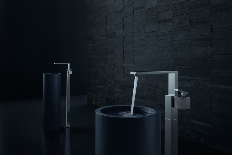 Axor Edge Single lever basin mixer floor-standing with push-open waste set - diamond cut