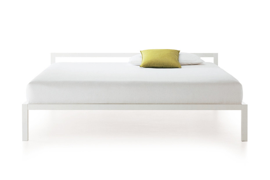 ALUMINIUM Bed