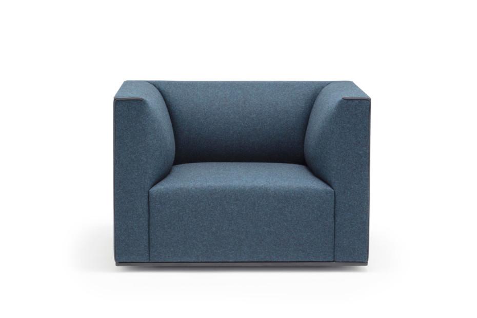 Grand Raglan armchair