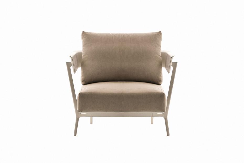 Aikana armchair
