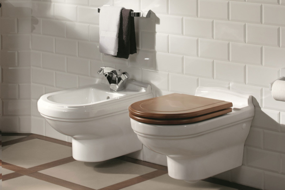 Washdown wall-mounted WC Hommage