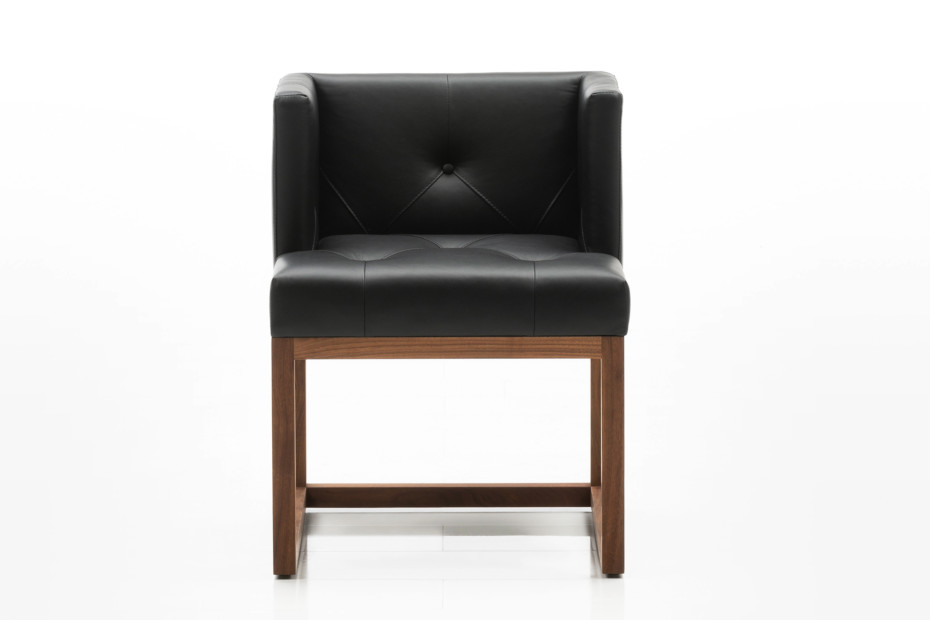 Belami chair button-tufted