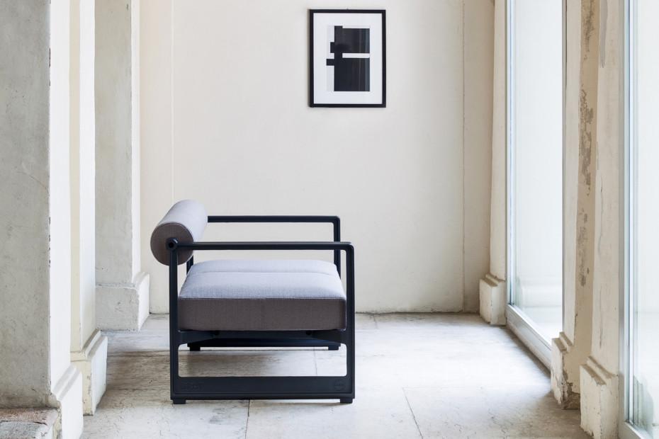 BRUT sofa