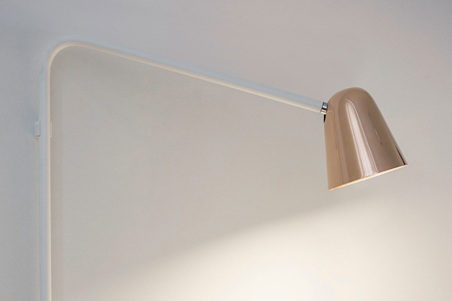 Chaplin wall lamp