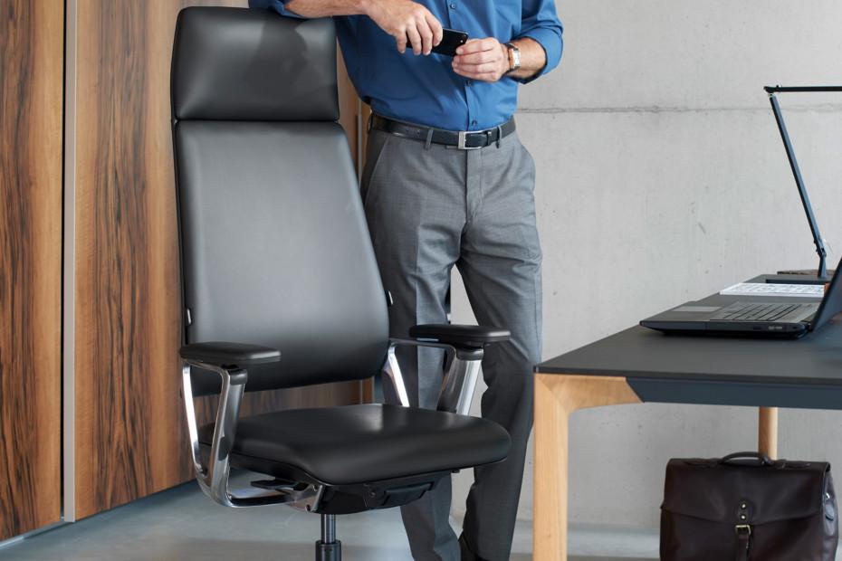 Connex2 high-back task chair