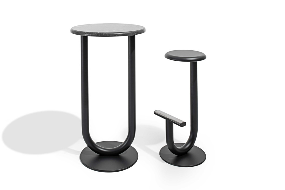 Strong bar table
