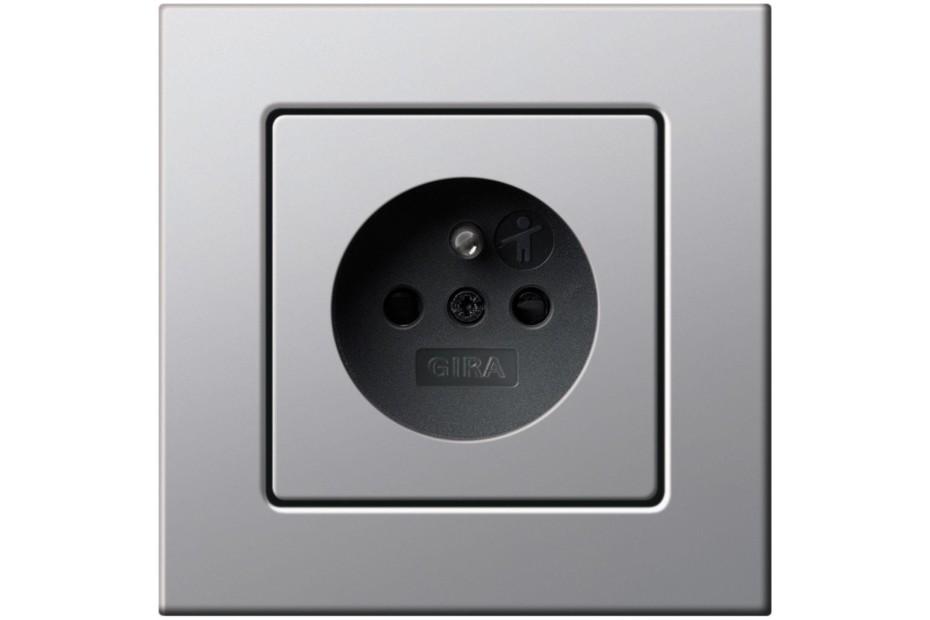 E22 socket