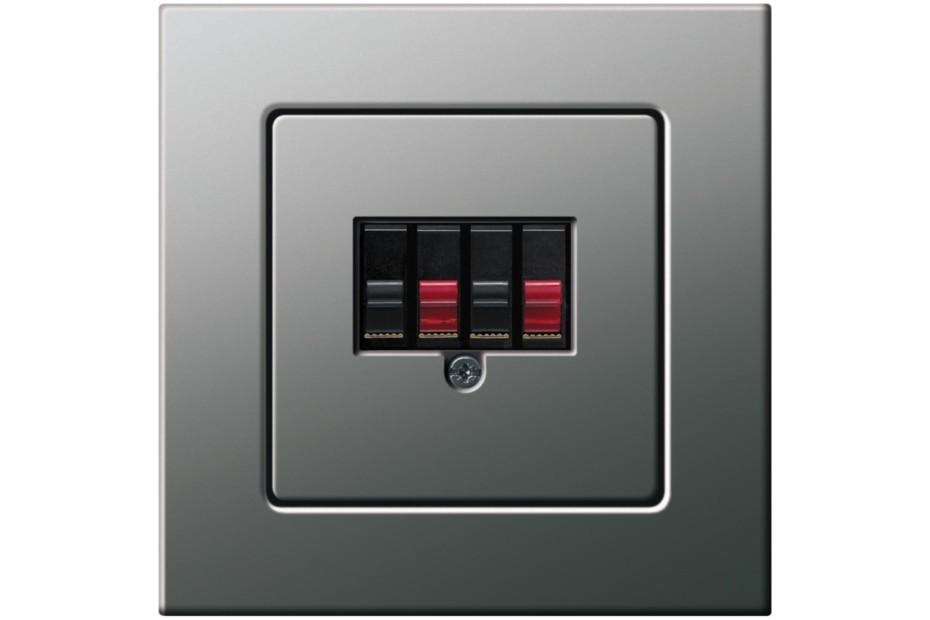 E22 audio plug connector