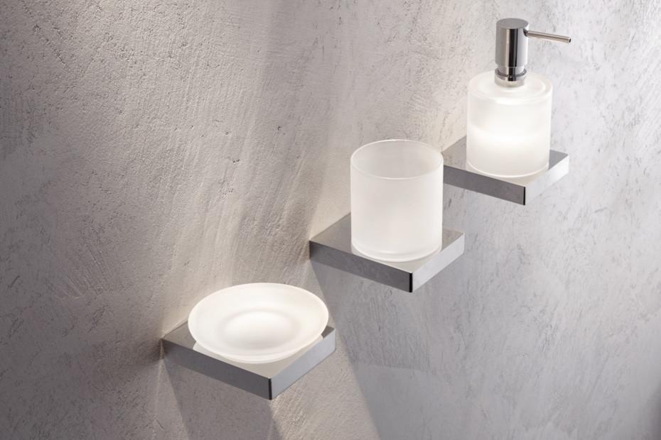 Soap dispenser with holder finish - chrome