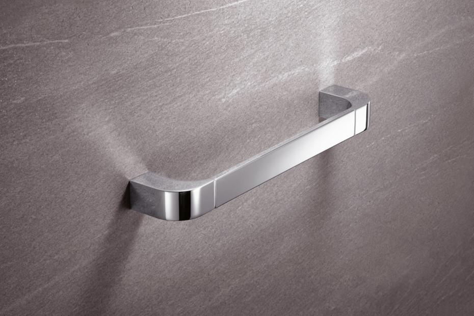 Bath towel rail chrome, c to c 600 mm