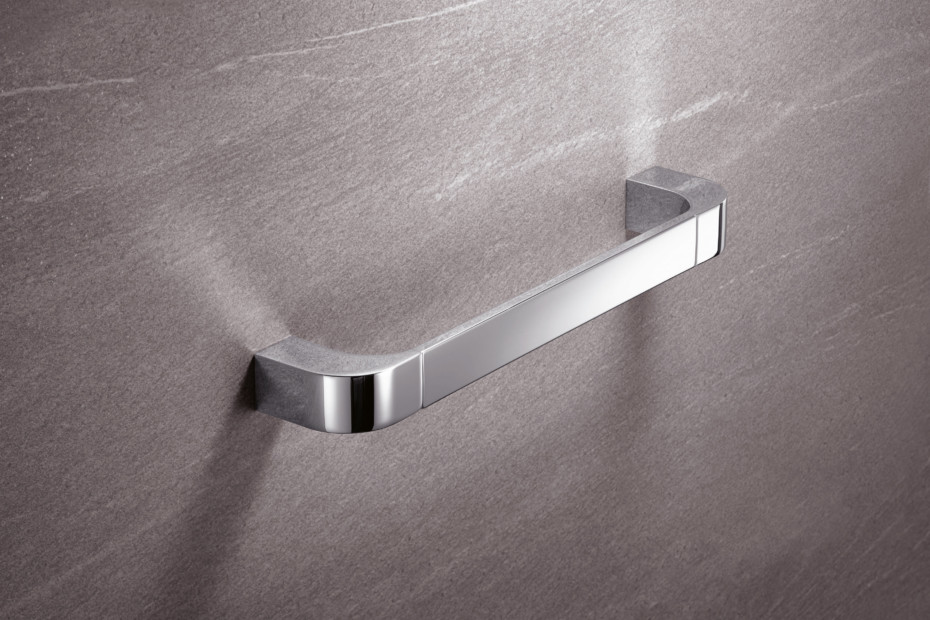Support rail chrome, c to c 300 mm