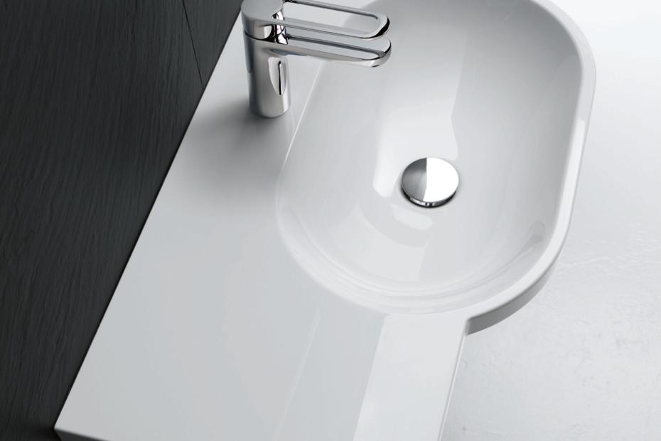 Washbasin 850 mm wide