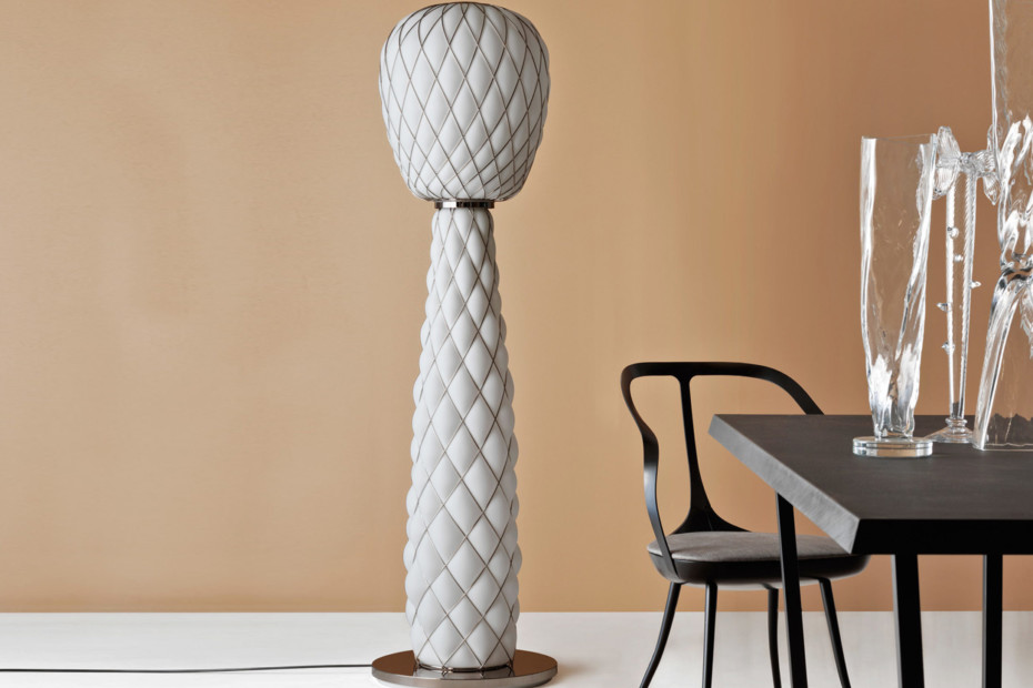 Pinecone floor lamp