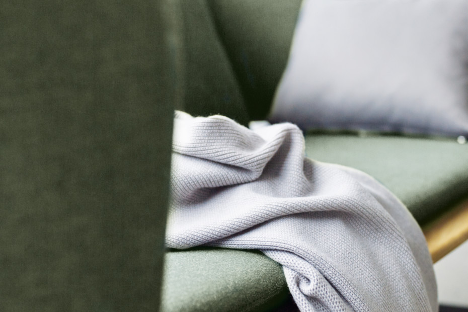 Atmosphere three-seater sofa