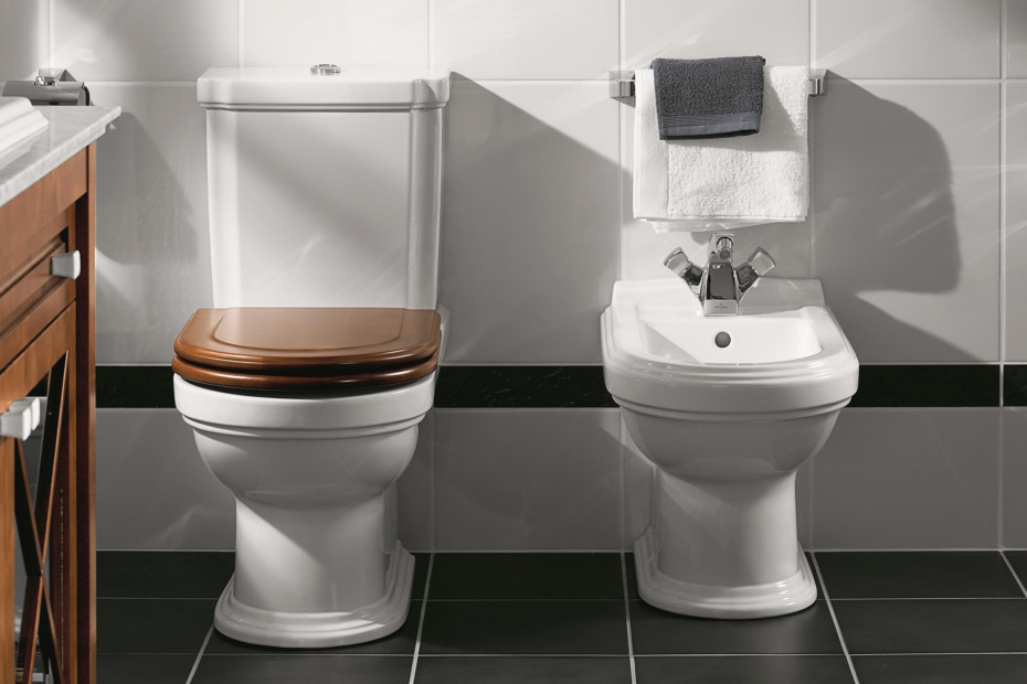 Washdown WC for close-coupled WC-suite Hommage