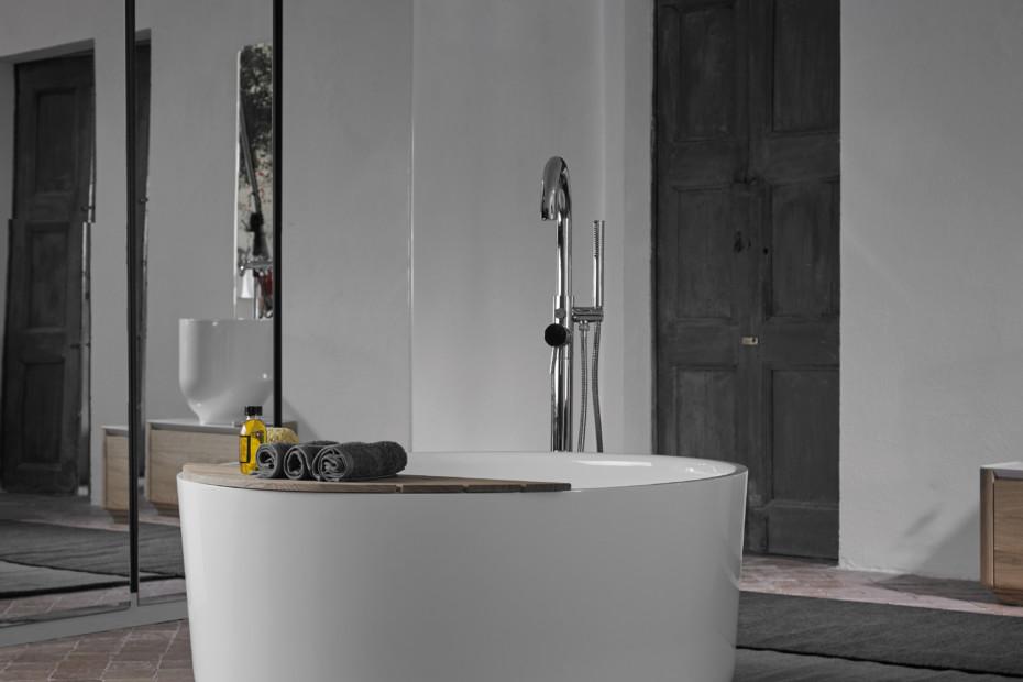 ORIGIN bathtub