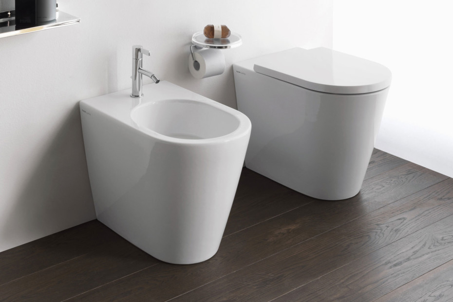 Kartell by Laufen floor standing WC combination rimless