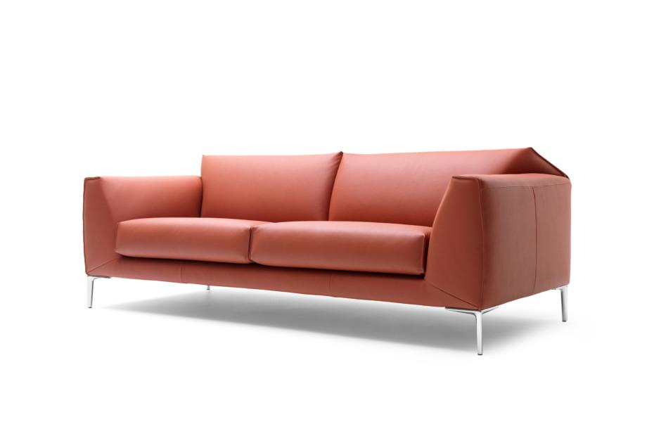 LX675 Sofa
